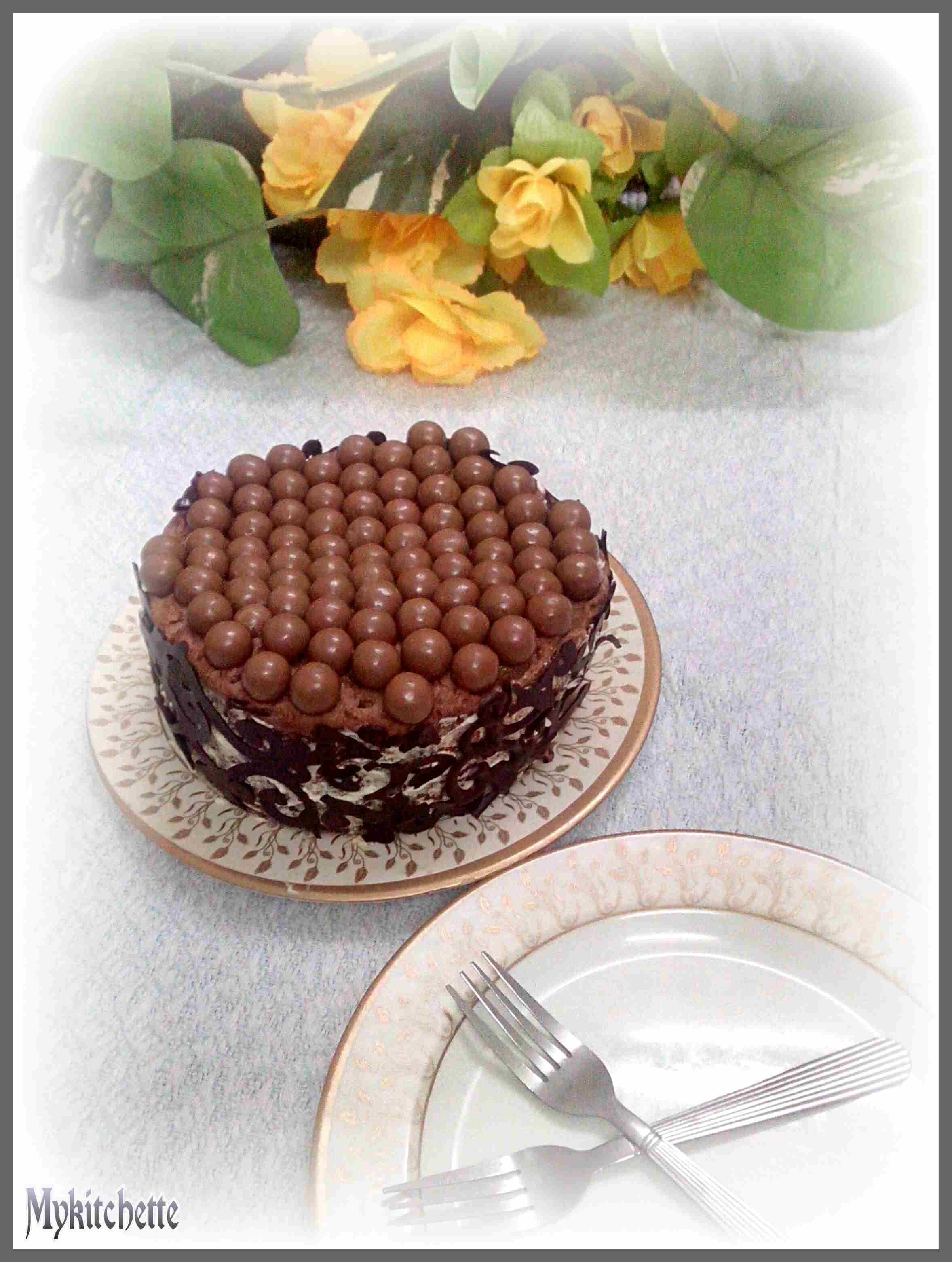 MALTESERS CAKE WITH A HEALTHY CHOCOLATE FROSTING | MY KITCHETTE
