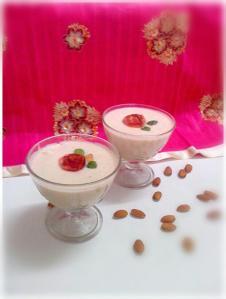 apple-almond smoothie